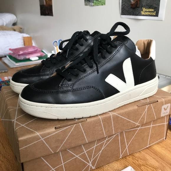 770cb649b5 PRICEDROP Veja V-12 Bastille Leather Black Sneaker
